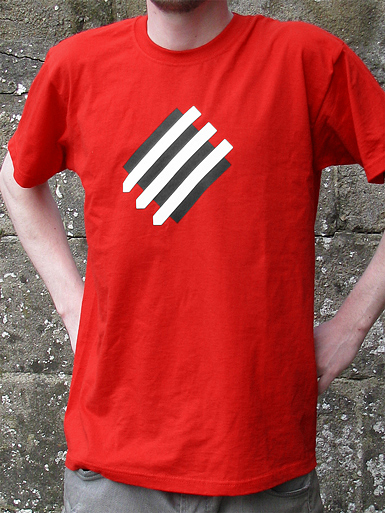 Squared Circle [DREIPFEIL / ANTIFASCIST-QUADER] - t-shirt - white, black on red // Photo 1