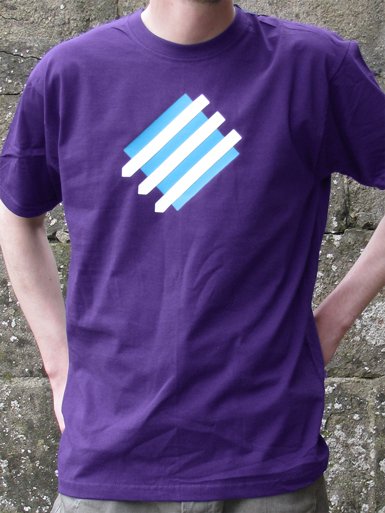 Squared Circle [DREIPFEIL / ANTIFASCIST-QUADER] - t-shirt - white, cyan on purple // Photo 1